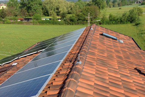 Rifacimento copertura di impianto fotovoltaico