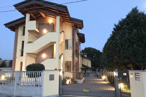 Ristrutturazione 3 appartamenti, classe A