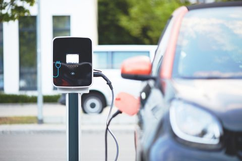 Artech diventa green con SENEC: tutto quello che c'è da sapere su veicoli elettrici e modalità di ricarica